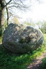 la pierre des farfadets.jpg