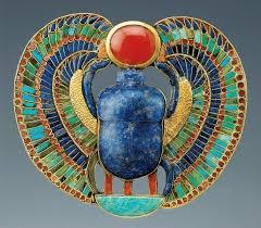 scarabée sacré égyptien.jpg